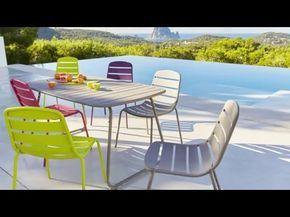 Table et chaise de jardin gri, vert, rose, violet gamme Hyba ...