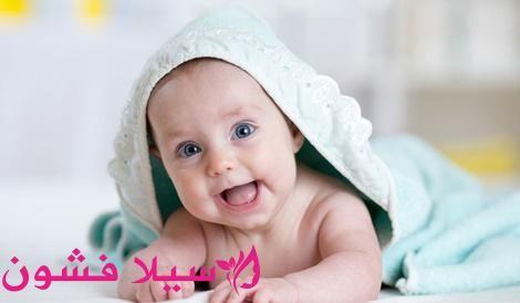 نمو الطفل في الشهر الثاني من عمره سيلا فشون In 2020 Baby Face Baby Face