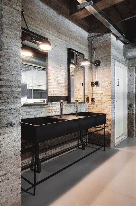 Industrial Style Kitchen Ideas In 2020 20 Gorgeous Design Trends Bathroom Design Industrial Livingroom Industrial Interiors