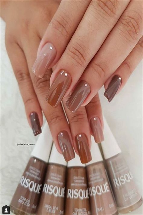 40+ Stylish Brown Nail Ideas Trendy Manicure #brown_nail_art #brown_nails #nail_art_design_ideas #trendy_manicure
