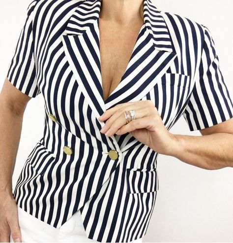 ea7b4af15d6e53 Classic Vintage Sailing Beach Navy Blue White Striped Blouse Blazer Jacket