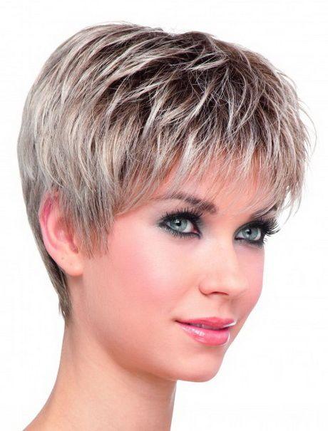 modeller med kort hår