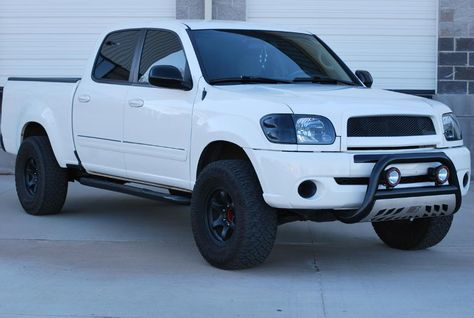 01 White Tundra W Blacked Out Grille Toyota Tundra Forums Toyota Tundra Sr5 Toyota Tundra 2004 Toyota Tundra