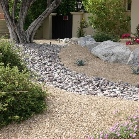 Southwest Boulder & Stone 0.50 cu. ft. 3/8 in. Arizona Bagged Landscape Rock and Pebble for Gardening, Landscaping, Driveways and Walkways
