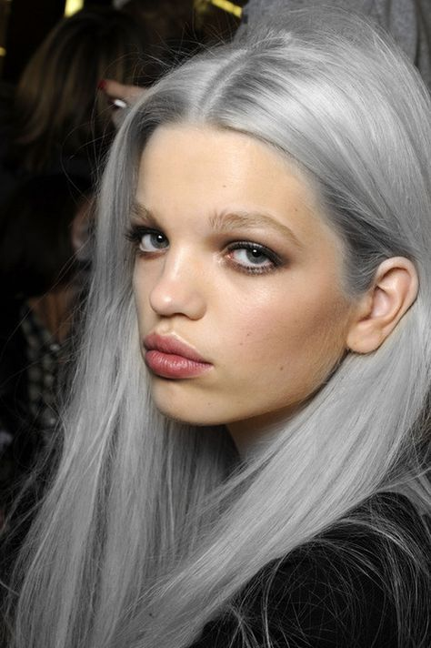 dude. if  I could get my gray hair to look like this, it would be amazing!