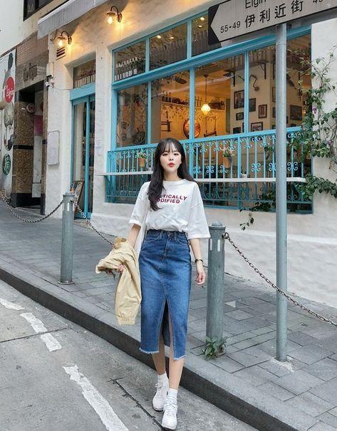 Tampil Kece! Outfit Ala Korea ini Wajib Kamu Punya