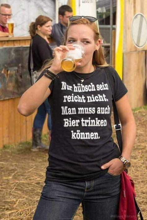Die geilsten Shirts für Bier Trinker und Bierbrauer gibt's nur bei uns von EBENBLATT, schau vorbei! ;-) #bierbauerei #hopfen #bier #shirts #malz #biertrinker #ballermann #mann #lustig