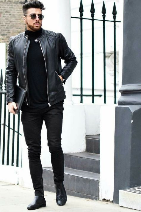 Wear a black quilted leather bomber jacket and black skinny jeans to create a great weekend-ready look. A cool pair of black leather chelsea boots is an easy way to upgrade your look.