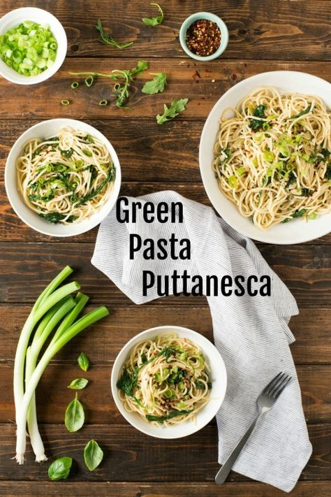 Green Pasta Puttanesca: Change up what you think you know about pasta puttanesca by eliminating the tomato sauce and creating a green version! Green Pasta Puttanesca is light on the pasta and amped up with plenty of flavorful healthy greens, for about 210 calories per serving. #shockinglydelicious #pastaputtanesca #easypastarecipe