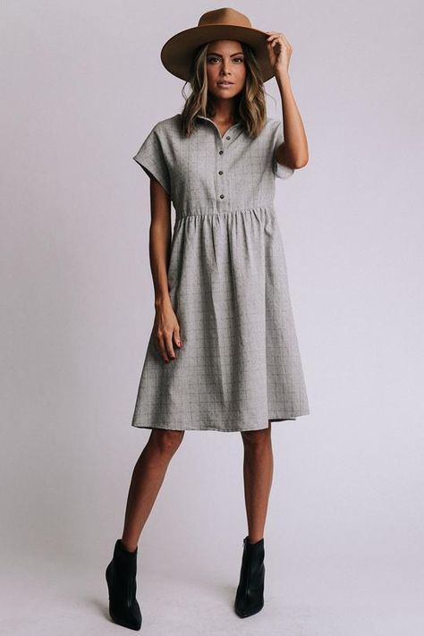 Lily Dress - - Details: Knee length dress Short sleeve Button front Measurements: S: Bust = Waist = Length = M: Bust = Waist = Length = L: Bust = Waist = Length = Source by Dress Outfits, Fall Outfits, Casual Dresses, Short Sleeve Dresses, Grey Tshirt Dress Outfit, Modest Fashion, Fashion Dresses, White Boho Dress, Free People Clothing