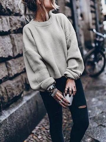 19 Cute and Cozy Oversized Sweater Outfits 2019 These oversized sweater outfit ideas are everything you need and more for the cold weather! The post 19 Cute and Cozy Oversized Sweater Outfits 2019 appeared first on Sweaters ideas. Oversized Sweater Outfit, Loose Sweater, Cute Sweater Outfits, Sweater Weather Outfits, Knit Sweater Outfit, Pullover Outfits, Cute Oversized Sweaters, Cold Weather Outfits For School, Slouchy Sweater