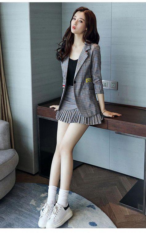 Check out this awesome latest Korean fashion .- Karo heraus diese fantastische späteste koreanische Mode Check out this awesome latest Korean fashion -