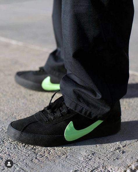 Nike Wmns Nike Free RN 2017 Sneakers Farfetch