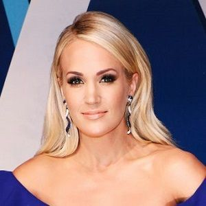 Carrie Underwood Biography Affair Married Husband Ethnicity