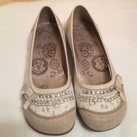 Jellypop NWT flats with lace and beads Jellypop NWT flats with lace and bead embellishments Jellypop Shoes Flats & Loafers