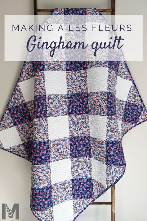I love a simple yet gorgeous qulit. And this gingham Les Fleurs quilt is exactly that! See how I used high school algebra and a stack of Rifle Paper Co fabrics to make this beauty! Quilting For Beginners, Quilting Tutorials, Quilting Designs, Beginner Quilt Patterns Free, Gingham Quilt, Patchwork Quilt Patterns, Simple Quilt Pattern, Baby Patchwork Quilt, Rifle Paper