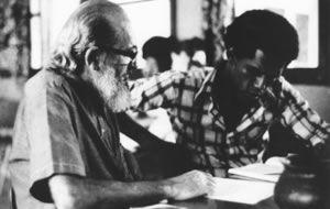 Paulo Freire y la educación liberadora de América Latina | Paulo freire, Frases de educacion, Educacion