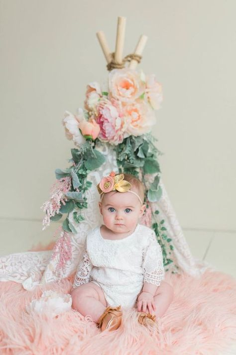 Blakely's 6 Month Old Pictures//Sara Vickers// Baby Flower crown, Baby Lace Outfit, Freshly Picked Mocs