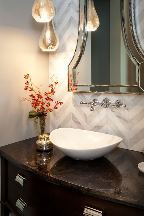 Hamptons-inspired-luxury-home-powder-room-robeson-design