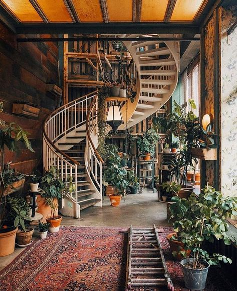 Our #traveltuesday pick 🌿 House of Small Wonder in Berlin 📷 via @travel.50x #plantsmakepeoplehappy