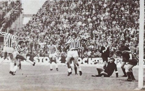 1972-1973 Reggiana 1 Cesena 2...il gol di Ceccarelli   Calcio