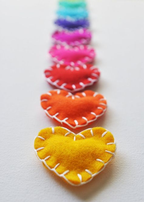 Heart Shaped Felt Magnets Hand Sewing Project Idea Sewing