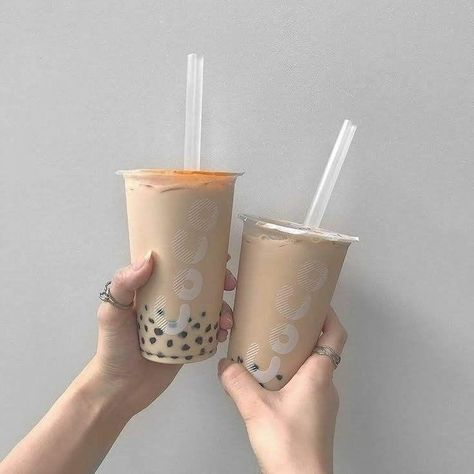 Aesthetic Coffee, Beige Aesthetic, Aesthetic Food, Korean Aesthetic, Japanese Aesthetic, Aesthetic Light, Aesthetic Photo, Bubble Tea, Vietnamese Dessert