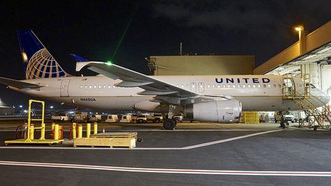 United Airlines Airbus 320 N460UA San Fransisco…