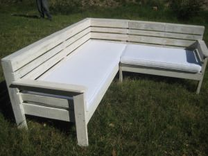 Corner Seat Made Of Wood Pallets This Website Has Lots Of