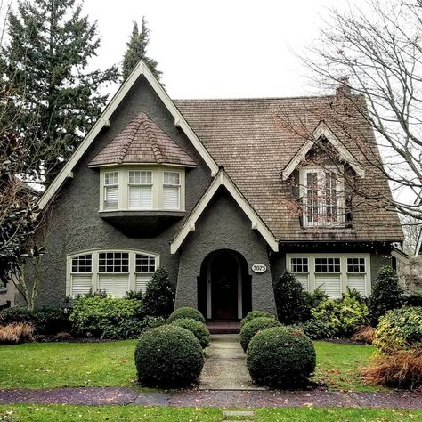 Storybook Cottage 5075 Marguerite St Shaughnessy Vancouver Bc Small Cottage Designs House Exterior Best Tiny House