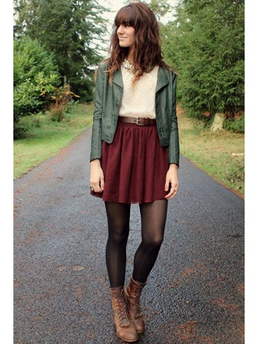 Love the colour combination, though I prefer ankle high boots with a heel rather than flat lace ups! Overall a great fall outfit
