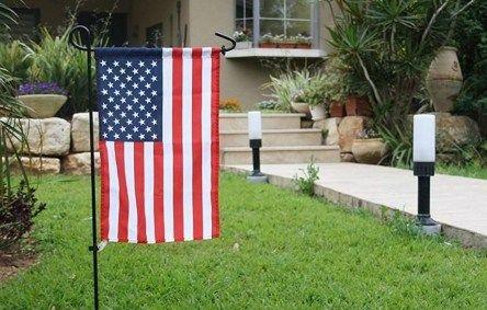 Garden Flag Iron Pole Outdoor Yard Flags Stand Holder Decor Banner Bracket US