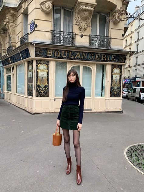 wearing Nathalie Dumeix Jeanne skirt and Jonak boots in Paris. One of my favorite Parisian fall style looks. French Street Fashion, Paris Fashion, Autumn Fashion, Fall Fashion Street Style, French Chic Fashion, Style Fashion, Fashion Outfits, Aesthetic Fashion, Parisian Chic Style