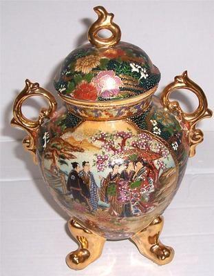 Antique China Vase Artist Bird Decor Antique China Bird And Artist