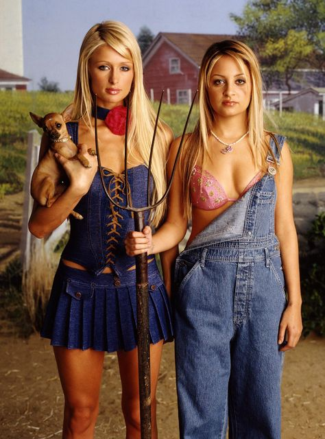 Paris Hilton originally shared this post:Nicole Richie and I, back when life was not so simple. Thursday photo from Paris Hilton Nicole Richie, Pharrell Williams, Gianni Versace, Keith Richards, Paris Hilton Style, Paris Hilton Quotes, Best Group Halloween Costumes, Jlo Halloween Costume, Halloween Ideas