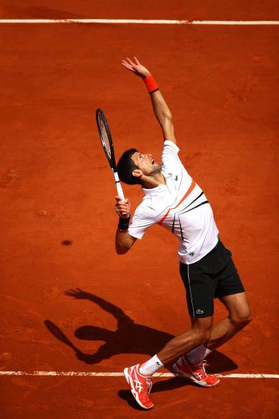 Novak Djokovic In Semis Rg 2019 Dominic Thiem Nole Tennis Outfit Tennis Court Photo Shoot Head Graphene Rack Novak Djokovic Tennis World Tennis Techniques
