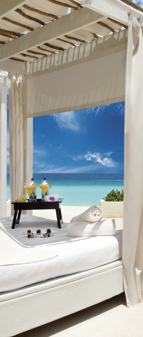 Relaxing Oceanside ♕BOUTIQUE CHIC♕