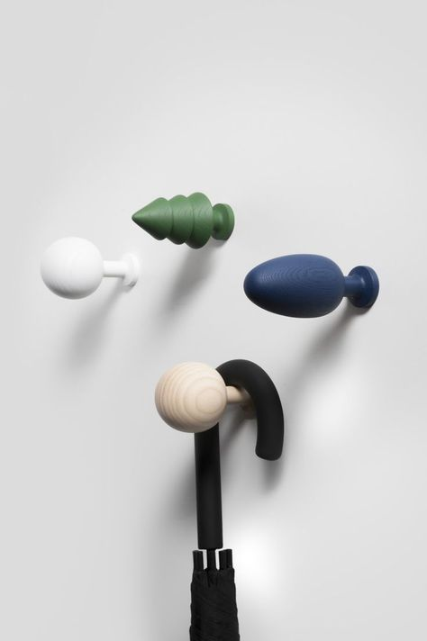 Appendini A Muro.Forest Hooks By Tomas Kral Wooden Tree Shaped Wall Hooks Appendini