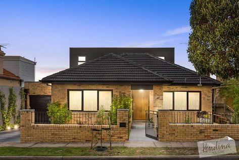 60 S Blonde Yellow Brick House Australia With Awnings Google Search Yellow Brick Houses House Exterior Brick