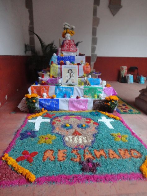 Exposición de altares en honor de Albino García, Andrés Delgado, Tomás Manuel Resámano y Tomasa Esteves.