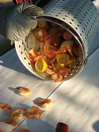 Step by step instructions on how to host a Shrimp Boil party. Ever wonder how to time the ingredients just right? This post has you covered. #shrimp #shrimpboil #party #recipe #howto Skiptomylou.org