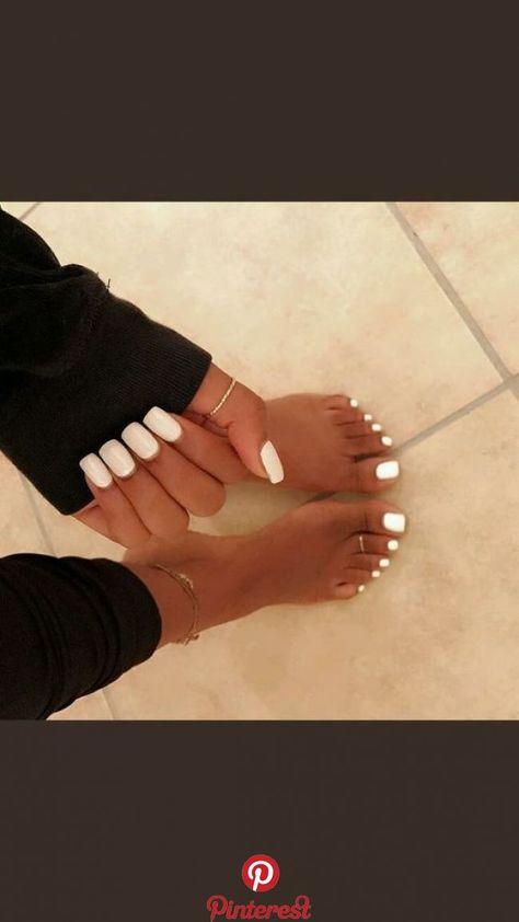 Simple White Toe Nails Ideas   Simple White Toe Nails Ideas