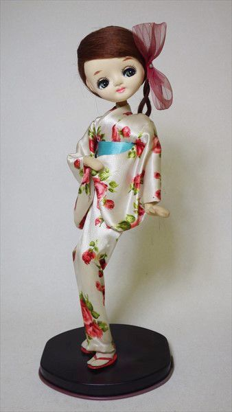昭和レトロ ポーズ人形 着物 バラ柄 薔薇 花柄 和服 Jauce Shopping Service Yahoo Japan Auctions Ebay Japan Pose Dolls Bradley Dolls Japanese Dolls