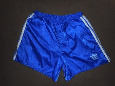 Pin op Shorts