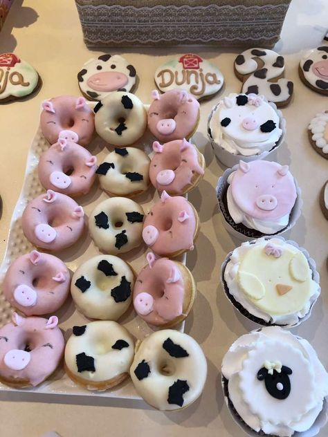 The donuts and cupcakes at this Farm Birthday Party are amazing! See more party. The donuts and c Farm Themed Party, Barnyard Party, Farm Party, Barnyard Cupcakes, Farm Animal Cupcakes, 2nd Birthday Party For Girl, Cowgirl Birthday, 50th Birthday, 14 Birthday Party Ideas