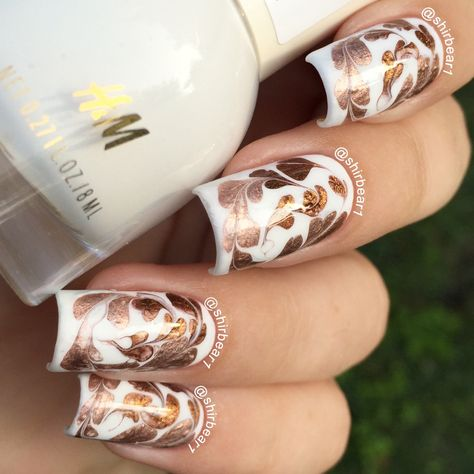 Elegant White & Gold mani, for more nail arts follow me on instagram and subscribe to my youtube