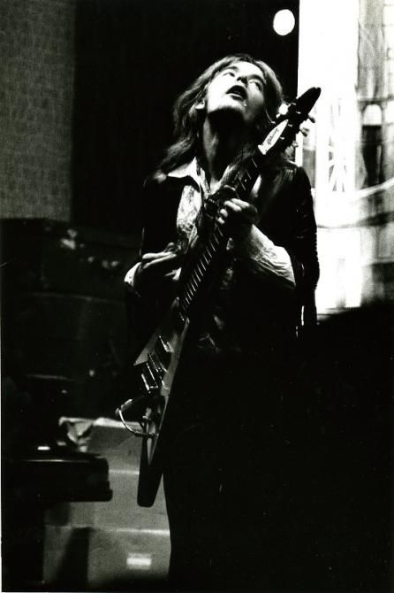Kim Simmonds, Savoy Brown Blues Band at Redcar Jazz Club, late 60s. Gibson Flying V