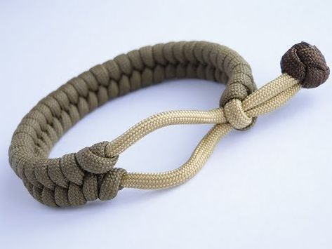 How To Make A 1 Loop Mad Max Style Fishtail Paracord Bracelet