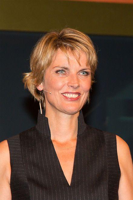 Marietta Slomka Wikipedia Slomka Wunderschone Frau Haarschnitt