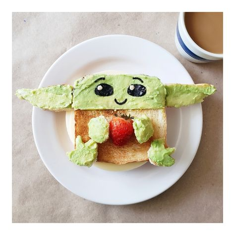 Star Wars food ideas: 27 amazing snack ideas for Star Wars fans Star Wars Food, Star Wars Cake, Star Wars Party, Basic Cupcake Recipe, Cute Food, Good Food, Monster High Cakes, Batman Cakes, Healthy Breakfast Options